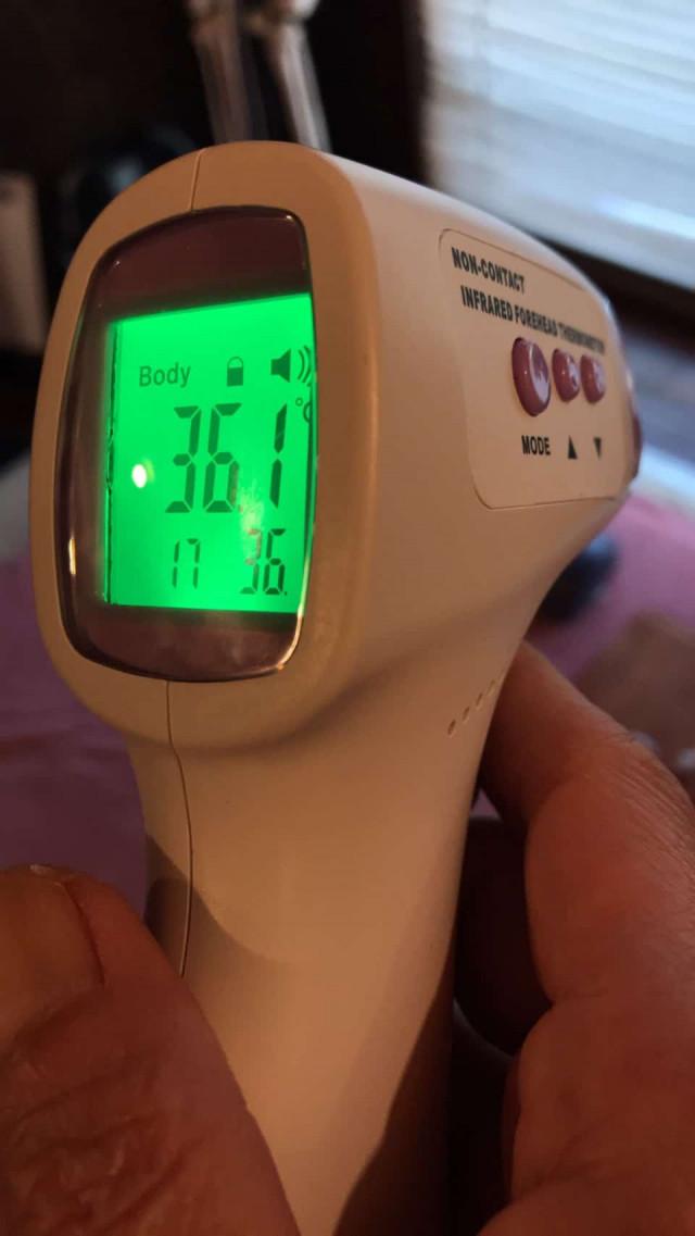 非接触型の体温計